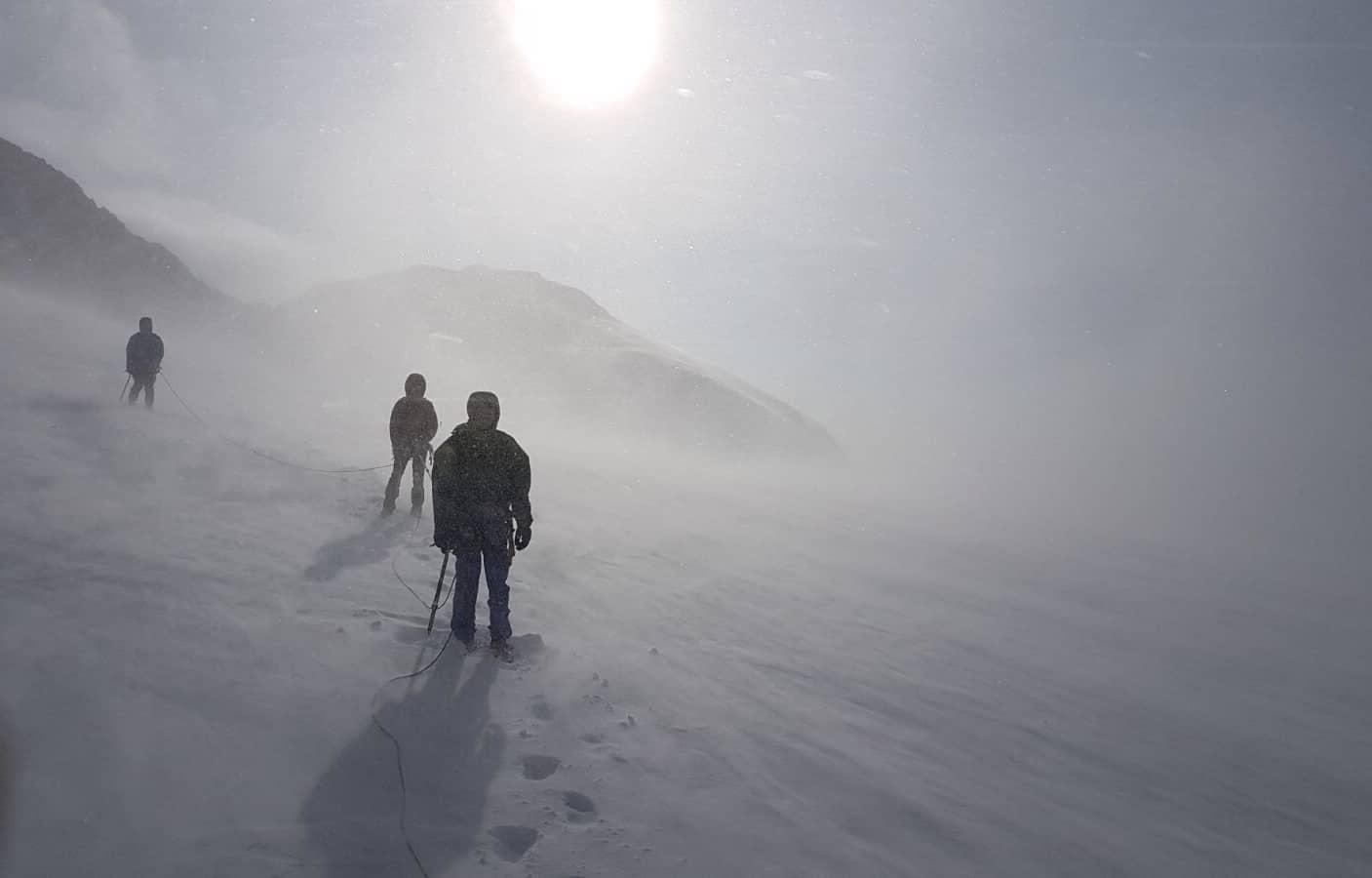 IMG 5088 - Blick ins Tal – Absteigen beim Bergsteigen