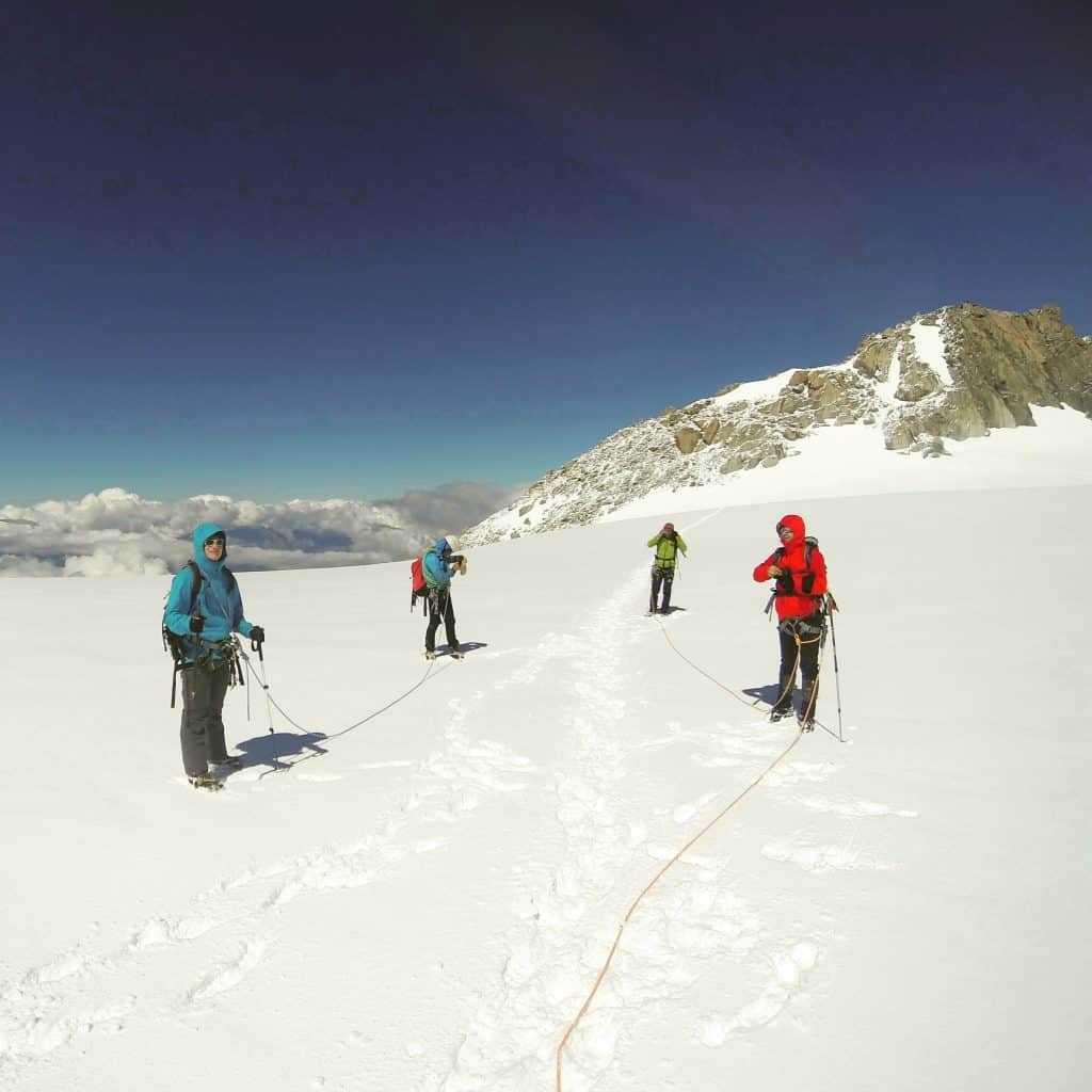 IMG 1696 1024x1024 - Seilschaft beim Bergsteigen – deine Partner am Berg