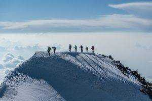 DSC01309 300x200 - Bergsteiger auf dem Weg zum Gipfel