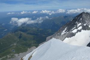 Beitragsbild Bergsport und Corona 1 300x199 - Beitragsbild-Bergsport-und-Corona-1